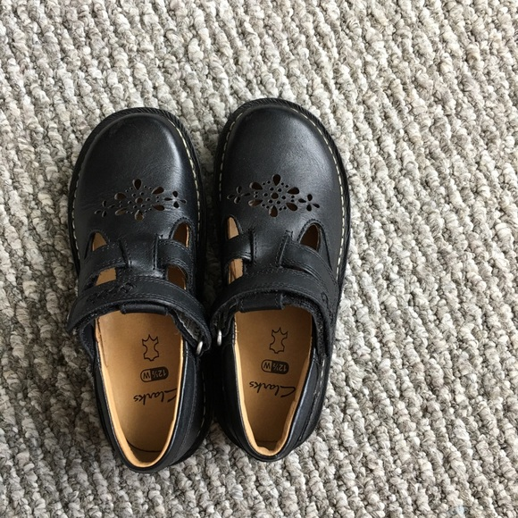 Clarks Other - Clark's Girls dress shoes black leather